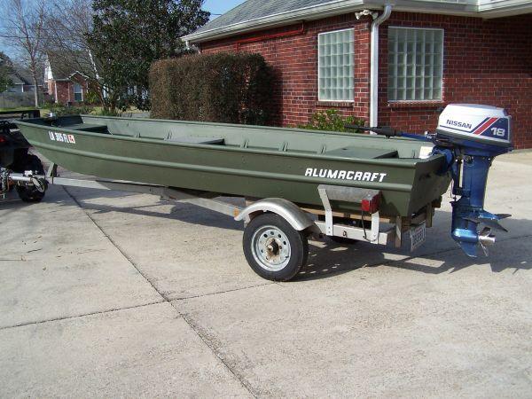 2005 Alumacraft Flat / Jon Boat For Sale in Baton Rouge