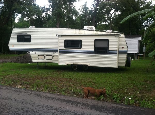 1992 Dutchmen Classic 5th Wheel Campers For Sale in
