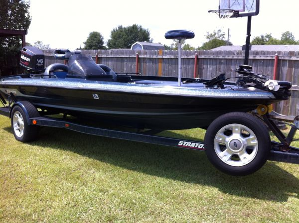 2004 2004 Stratos 285 Pro XL Bass Boat For Sale in Outside