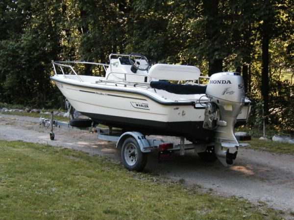 1999 Boston Whaler Dauntless 14 Bass Boat For Sale in