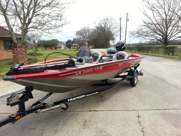 2007 Bass Tracker Pro Team 175 TXW Bass Boat For Sale in