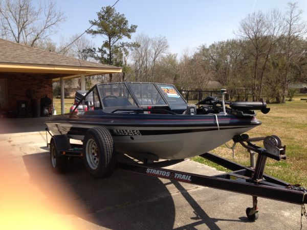 2009 stratos Bass Boat For Sale in Baton Rouge - Louisiana