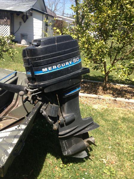 1989 Mercury 50 hp tiller handle Outboard Motors For Sale in