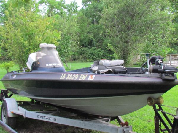 2004 Stratos 285 PRO XL Bass Boat For Sale in Baton Rouge
