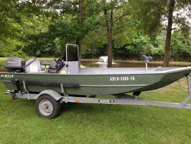 2004 ALWELD / Center Console Flat / Jon Boat For Sale in Lafayette