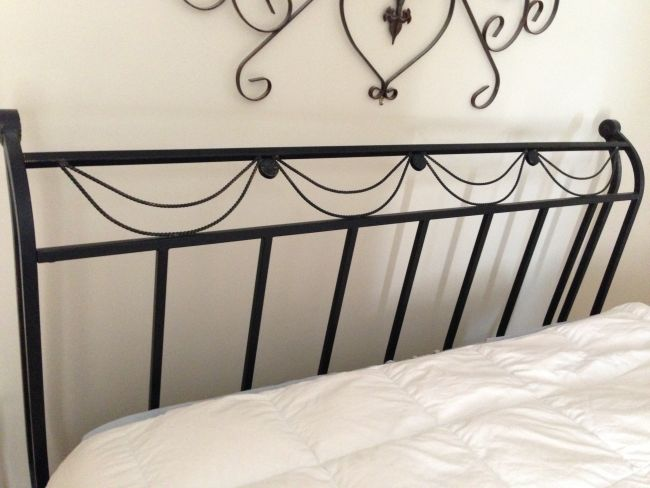 Black Metal Sleigh Bed Frame  Queen   Louisiana Sportsman