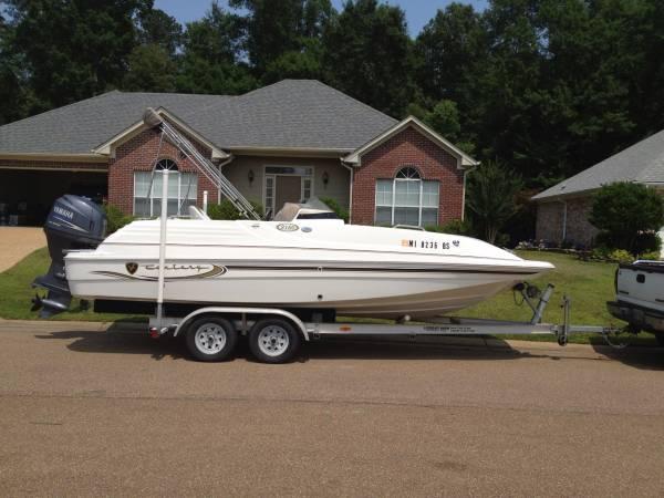 2003 Deck Boat