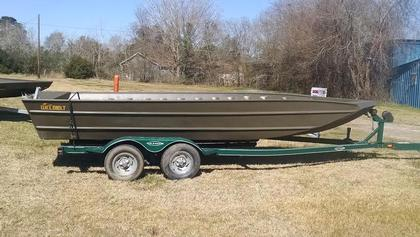 2016 Weldbilt 20 ft V Bottom Flat / Jon Boat For Sale in Lake