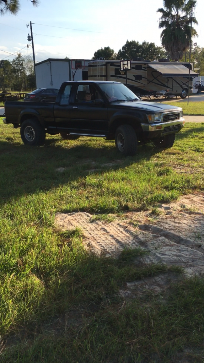1990 Toyota Pickup Pickup Truck For Sale in Baton Rouge