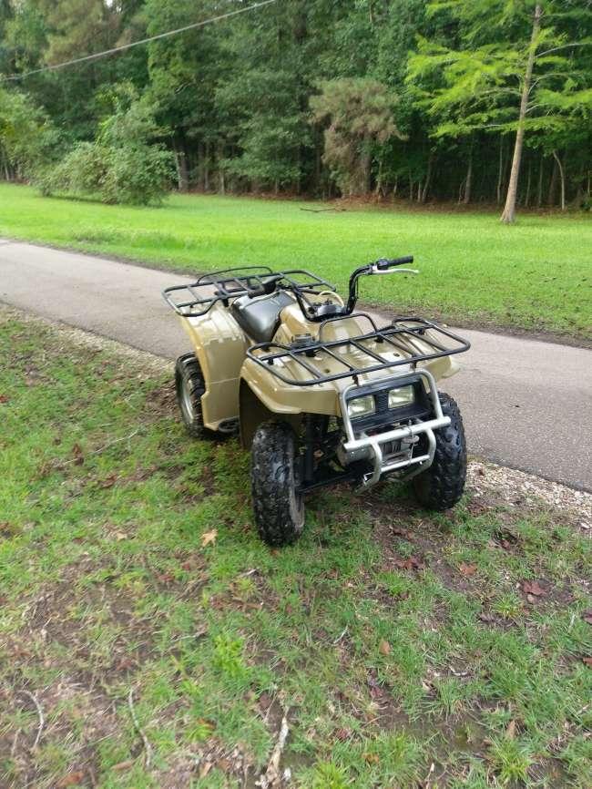 2000 Yamaha/ bear tracker/ 250 ATV & Four Wheeler For Sale