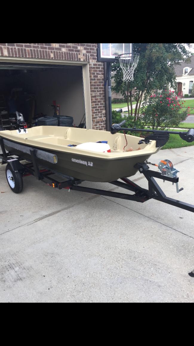 2018 Sun dolphin/ American 12 Flat / Jon Boat For Sale in Baton