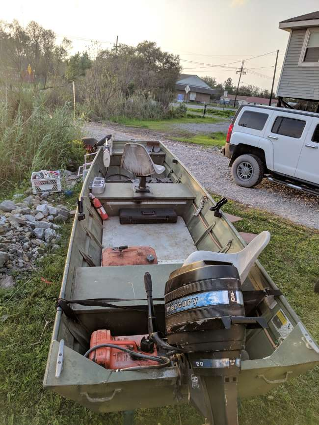 2005 Alumacraft Flat / Jon Boat For Sale in Southeast Louisiana